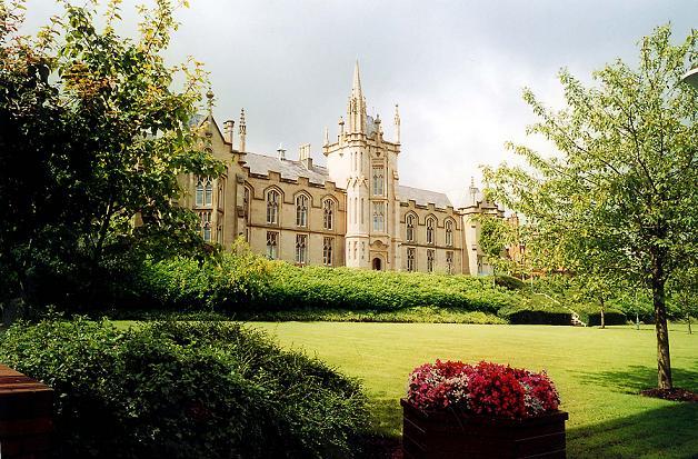 Học bổng du học Anh 2014 lên đến 50% tại Đại học ULSTER