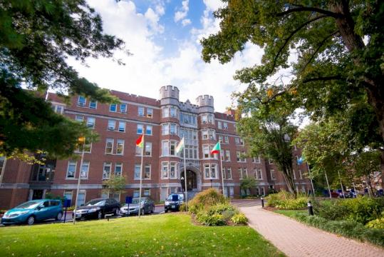 Trường Đại Học Top Đầu của Mỹ - Đại Học Webster