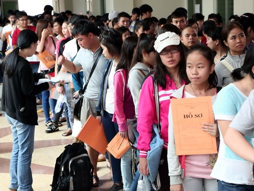 Tuyển sinh đại học – Sự khác biệt giữa quy chế của Việt Nam và quốc tế